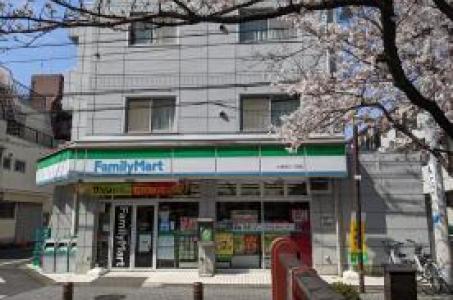 ファミリーマート大谷田三丁目店の画像