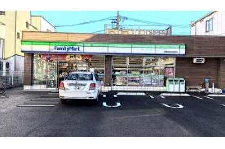 ファミリーマート板橋高島平団地前店の画像
