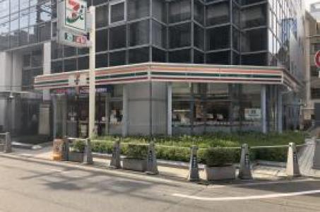 セブンイレブン大阪江戸堀一丁目西店の画像